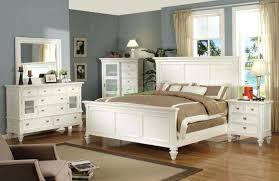 White Queen Bedroom Furniture Magnolia Home Furniture Traditional ...