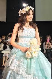 人気1実例花冠の花嫁髪型画像まとめカラードレスお色直し編