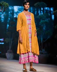 Payal Pratap Fashion Designer Payal Pratap Lmifwss19 Fashionweek Madeinindia Naina Co