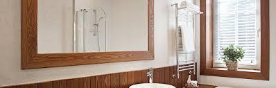 Spiegel Mit Einer Bohrmaschine Aufhängen