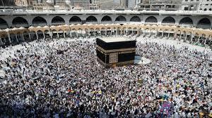 الحج والعمرة يدرّان على السعودية 12 مليار دولار سنوياً