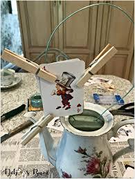 alice in wonderland teapot centerpiece clothespins