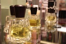 Париж столица парфюмерии и ее сердце galeries lafayette отзывы  И роскошные теплые восточные ароматы из Арабских стран
