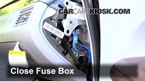 interior fuse box location 2005 2009 buick lacrosse 2007 buick interior fuse box location 2005 2009 buick lacrosse 2007 buick lacrosse cx 3 8l v6