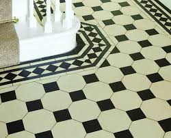 melville border with chesterfield pattern in dover black white