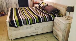 pallet bedroom furniture. Hand Built Pallet Bedroom Furniture Bedside Tables