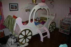 Child's Princess Carriage Bed
