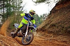 The Best Beginner <b>Dirt Bike</b> 2020 [REVIEW & GUIDE] <b>Motocross</b> ...
