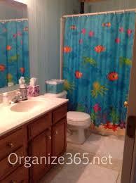 Kid's Bathroom Before | Bathroom organization tips for organizing kid's  bathroom so it STAYS organized!