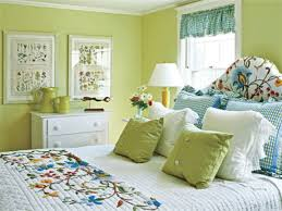 Bedroom Decorating Ideas Blue And Green - Green bedroom