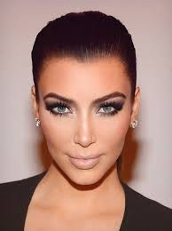 should you sleep in makeup like kim kardashian