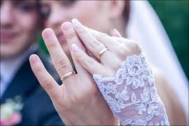 a brief history of wedding rings (and how to wear them) Wedding Jewellery History weddings rings and their history why do we wear our wedding Beautiful Jewellery