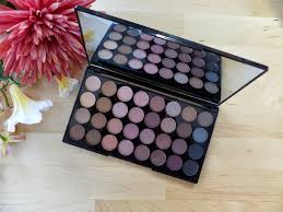 makeup revolution beyond flawless flawless mattes palettes makeup revolution palette 32 lidschatten beyond flawless makeup revolution ultra 32 eyeshadow