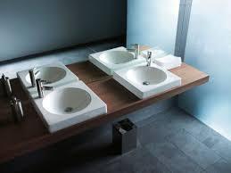 <b>Duravit Architec</b>: Tubs, washbasins, bidets & more | <b>Duravit</b>