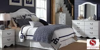 3 piece queen bedroom set. Modren Set To 3 Piece Queen Bedroom Set N