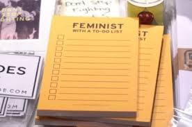 Теги Консорциум женских неправительственных объединений Мода политика и феминизм почему феминистские лозунги на одежде стали самым актуальным трендом