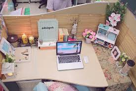 shai lagarde love chic style blogger cubicle decor beach inspired summer  theme work space office interiors