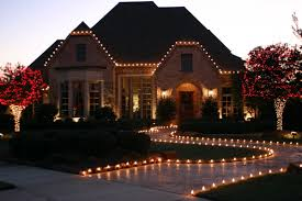 How To Install Outdoor Christmas Lights On House Outdoor Christmas Decorations Canadian Christmas