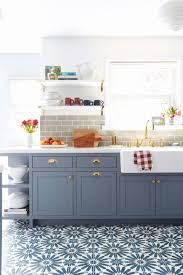 how to repaint kitchen cabinet doors best best way to paint kitchen cabinets a step