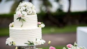 From Icing Techniques To Towering Tiers A Look At How Wedding Cakes