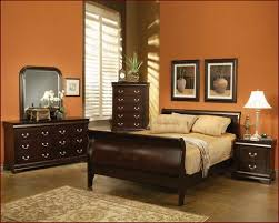 paint colors for bedroomCozy paint color for bedroom with dark furniture  Interior design