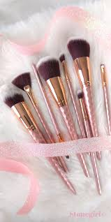 your makeup routine is going to get a whole lot more magical with this gorgeous 8 piece unicorn makeup brush set with bold blush and rose gold accents