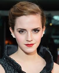 Emma Watson Hair Style emma watsons hairstylist on her short hair stylecaster 8829 by wearticles.com