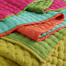 Cotton Bed Throws - buy a luxury bed throw from 100% cotton & Perfect for using as a throw or a simple, quilted bedspread. And the fact  that they are reversible means you are getting two bed throws for your  money. Adamdwight.com