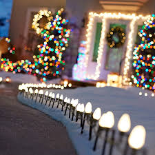 christmas outdoor lighting ideas. string of walkway christmas lights outdoor lighting ideas