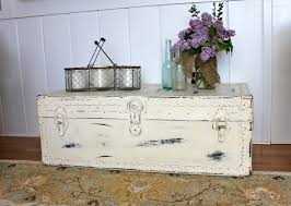 room vintage chest coffee table:  img jpg