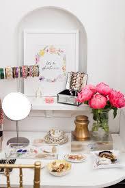 Vanity Tables Best 20 Dressing Table Decor Ideas On Pinterest Beauty Room