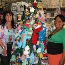 Well-dressed Christmas tree | Knysna-Plett Herald