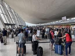 Ein esta ist eine einreisegenehmigung, die sie einholen müssen, damit sie ohne visum in die vereinigten staaten einreisen können. Vocjy7n68vg1zm