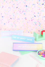 diy back to school desk nameplates