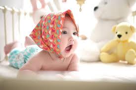 10 loại đồ chơi cho trẻ sơ sinh 1-8 tháng, bé dưới 1 tuổi tốt nhất