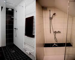Badezimmer Ohne Fenster Einrichten Indirekte Und Spiegelwand Im