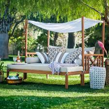 outdoor daybed ideas 4 styling tips