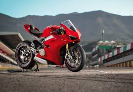 ducati panigale v video review from bike world precedes full  ducati panigale v4 video review from bike world precedes full launch report from md