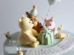 Classic Winnie The Pooh Cake Designs Classic Winnie The Pooh Birthday Cake With Tigger And Piglet