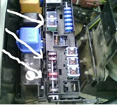 lexus is 300 fuse box how do i remove a 120amp fuse from a lexus es 300 graphic