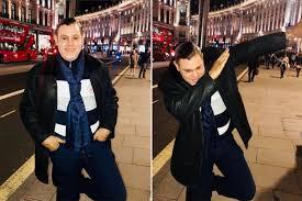 creepy sammy sosa does the dab in london new york post
