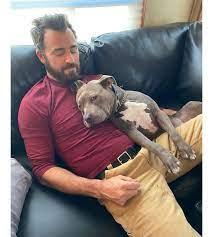 Justin paul theroux (/ θ ə ˈ r oʊ /; Justin Theroux Praises Dog Kuma In Adorable Instagram Post