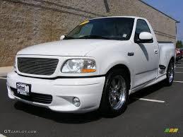 2001 Oxford White Ford F150 SVT Lightning #18111555 | GTCarLot.com ...