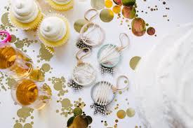 Veja o que angela ferrari (angelaferrari79) descobriu no pinterest, a maior coleção de ideias do mundo. Boho Baby Shower Favors Baby Girl Dream Catcher Favors Bast Bruin