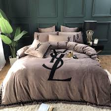 Luxury Designer Bedding Sets Luxury Designer Classic Printing Bedding Set Creative New Arrival Home Comfortable Gift 2019 New Arrive Comforters Duvet Cover From Wcctto 148 75