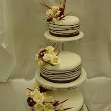 3 Tier Ivory Burgundy Rose Wedding Cake Celticcakescom
