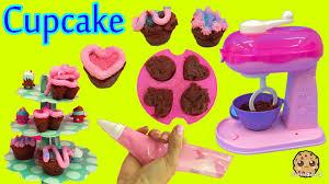 Make Real Cupcakes With Cool Baker Magic Mixer Maker Playset And