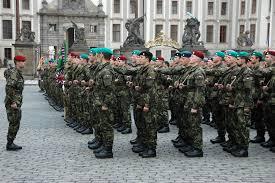 Dubna 2021, které vede bývalý policista robert šlachta. Slavnostni Vojenska Prisaha Novych Studentu Informace Pro Verejnost A Media