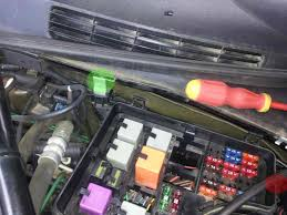 removing moving engine bay fuse box saabcentral forums this image has been resized click this bar to view the full image