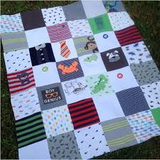 make baby clothes into quilt